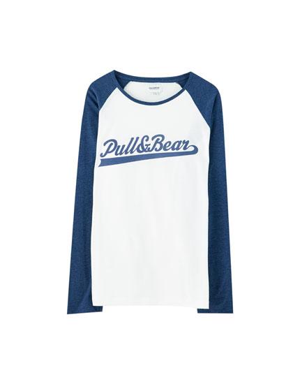 Camiseta básica manga raglán