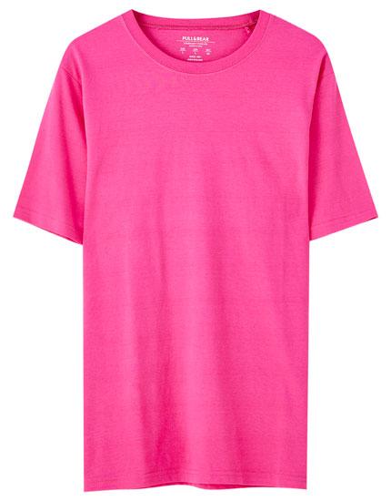 Κοντομάνικη μπλούζα basic σε διάφορα χρώματα