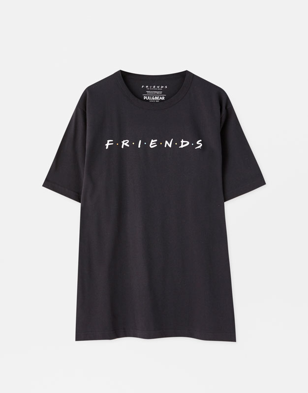 ef999dbb6 PullAndBear - friends t-shirt in black - black - 05246936-I2019