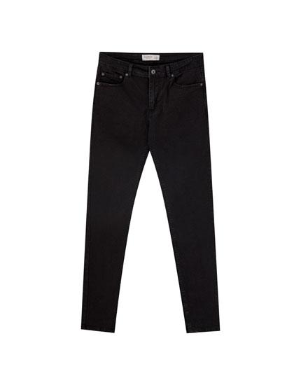 Τζιν super skinny σε μαύρο χρώμα