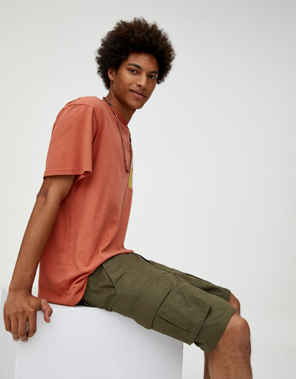 Cargo Bermuda shorts with belt and buckle