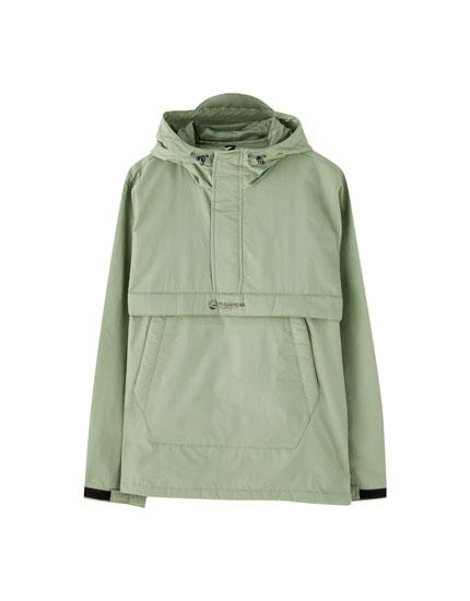 Lightweight pouch pocket jacket