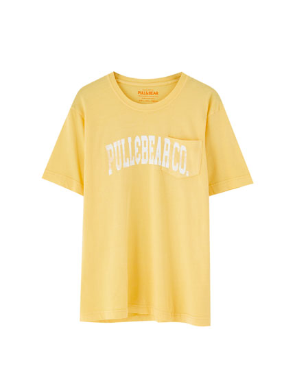 3b0d91e3a8f240 Check out the latest in Men's T-shirts | PULL&BEAR
