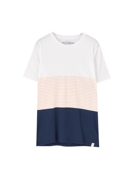 Μπλουζάκι με ριγέ πάνελ