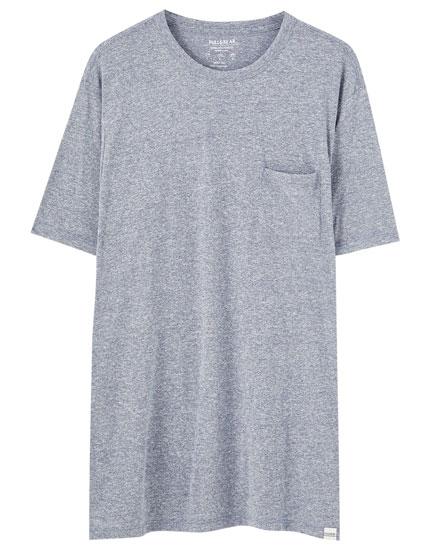 Camiseta básica bolsillo colores