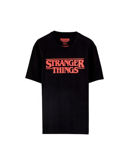 Czarna koszulka Netflix Stranger Things z logo