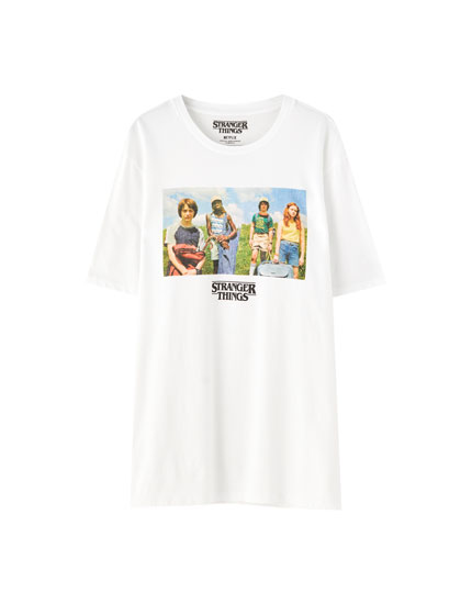 White Stranger Things 3 characters T-shirt