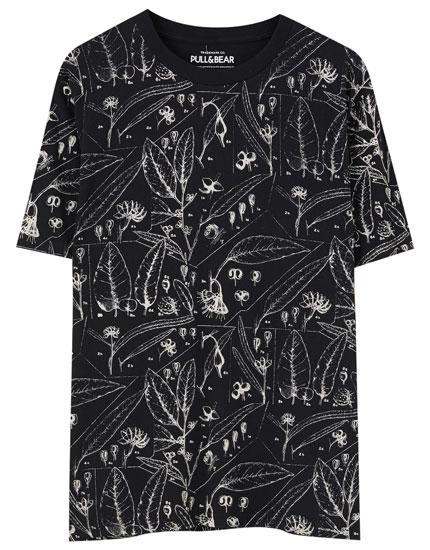 T-shirt com estampado de folhas grandes