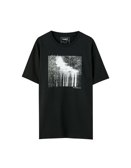 Black T-shirt with cascade illustration