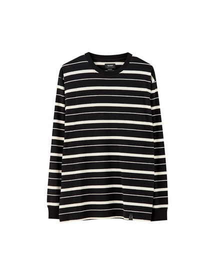 T-shirt with contrast stripes