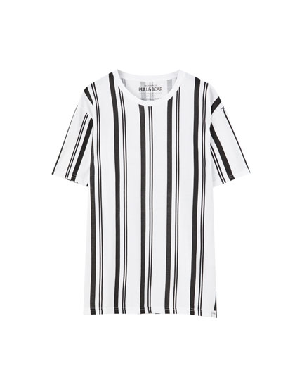 T-shirt with contrasting vertical stripes