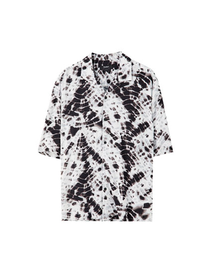Hvid T-shirt med batik