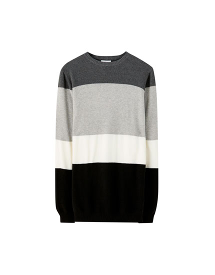 Black sweater with colour block