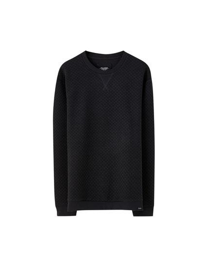 Sweatshirt com design acolchoado
