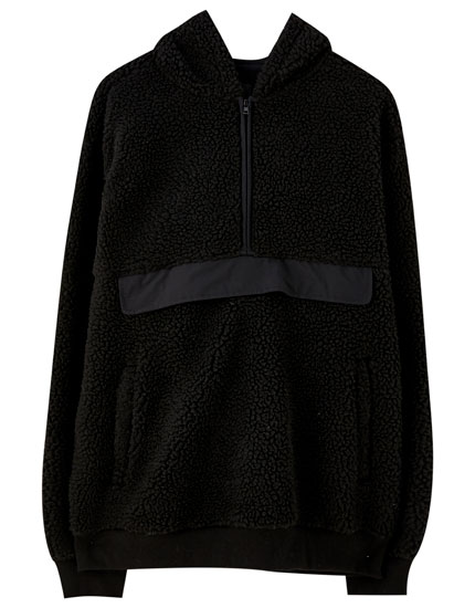 Hoodie in contrast faux shearling