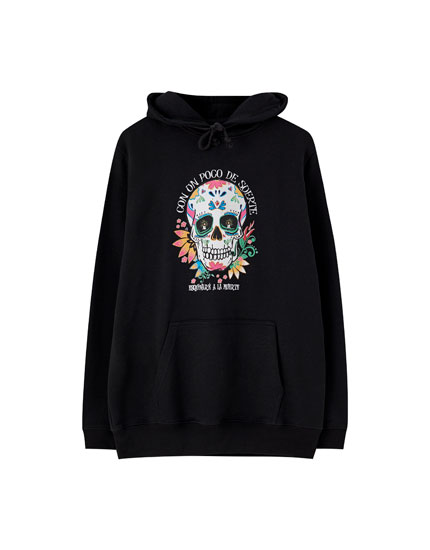 Hoodie with slogan and skull print