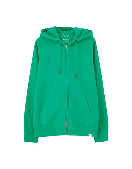 Basic hoodie with metallic zip