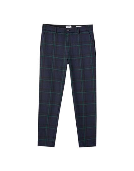 Pantalon chino slim coupe tailleur carreaux