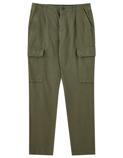 Cargo trousers with waist chain