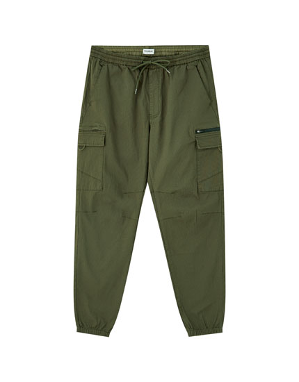 Ripstop cargo trousers with zip