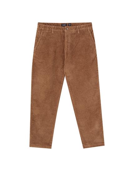Pantalón pana chino