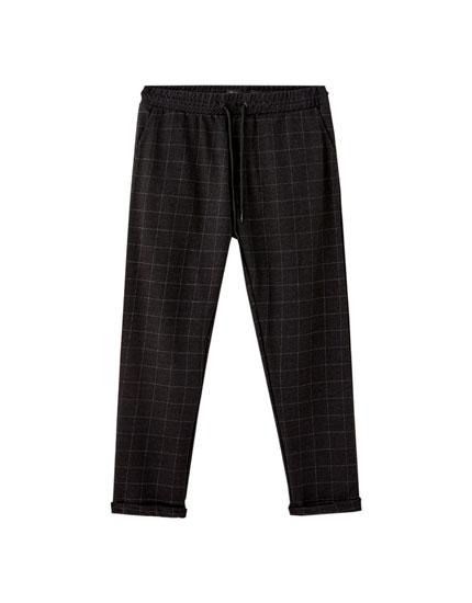 Pantalón jogging tipo tailoring colores