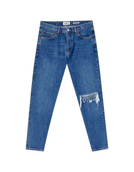 Straight fit jeans with ripped knee