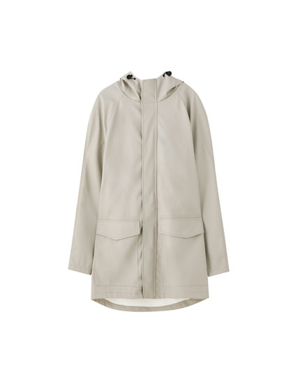Plain raincoat with hood and pockets
