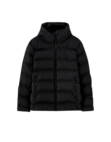 Puffer jacket with invisible seams