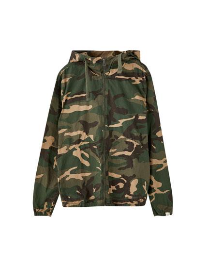 Blusão de camuflagem de popelina
