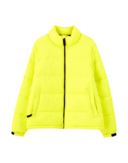 Contrast yellow puffer jacket