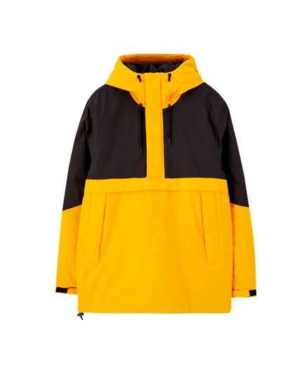 Contrasting hooded puffer jacket