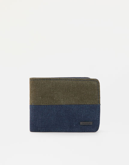 Two-tone wallet with zip pocket
