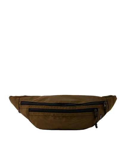 Belt bag with inside pocket
