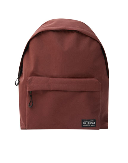 Basic backpack with logo and pocket