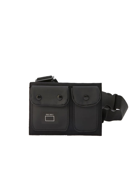 Bolsa de cintura preta utilitária
