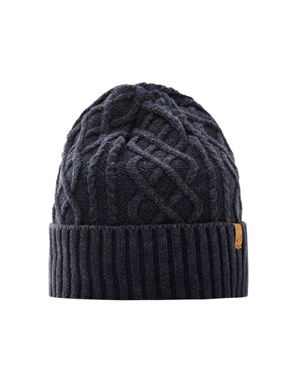 Knit beanie with embroidered logo