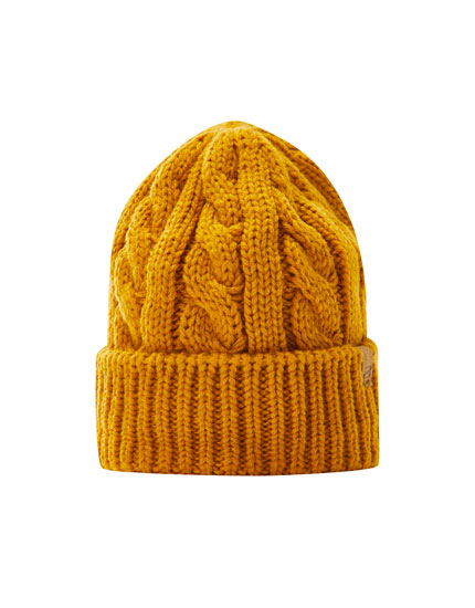 Cable-knit beanie with embroidered logo