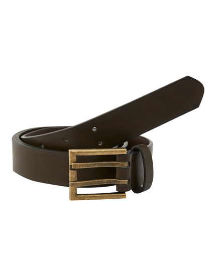 Belt with double-pronged buckle