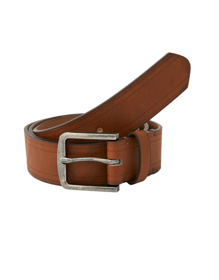 Brown belt with trim detail
