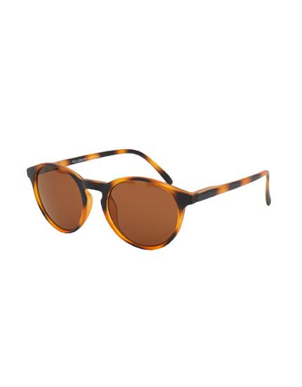 Matte tortoiseshell sunglasses