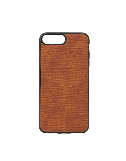 Smartphone case in wrinkled faux leather