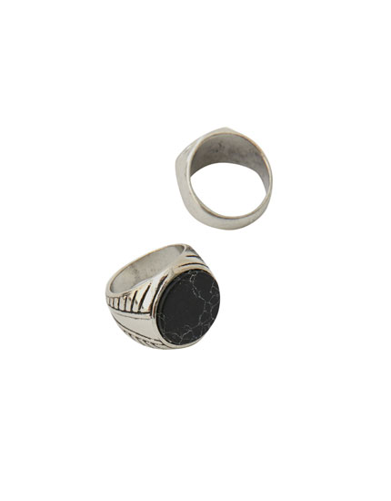 Pack of 2 black marble rings