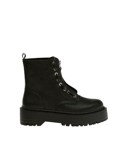 Platform boots with zip