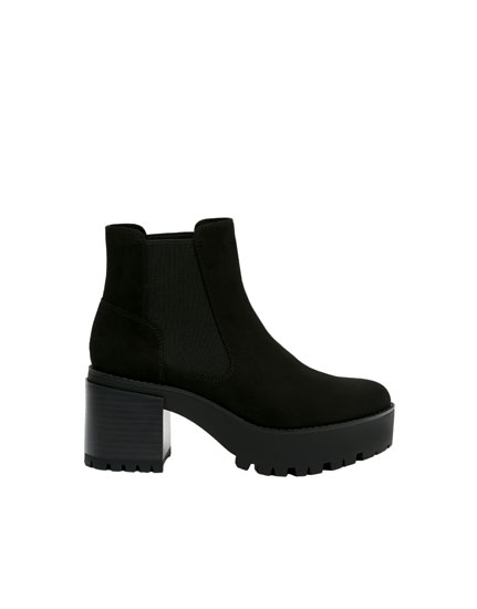 Block heel ankle boots with gores