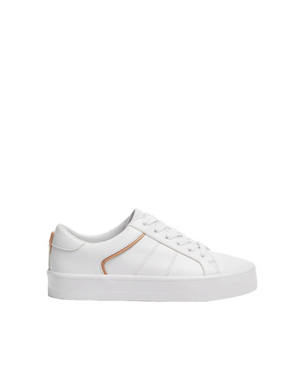 Basic trainers with beige trims