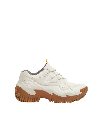Fashion trainers with caramel soles