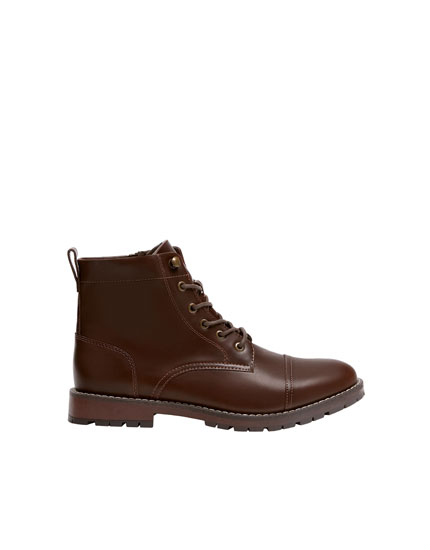Brown worker boots