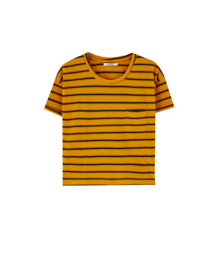 Camiseta cropped bolsillo