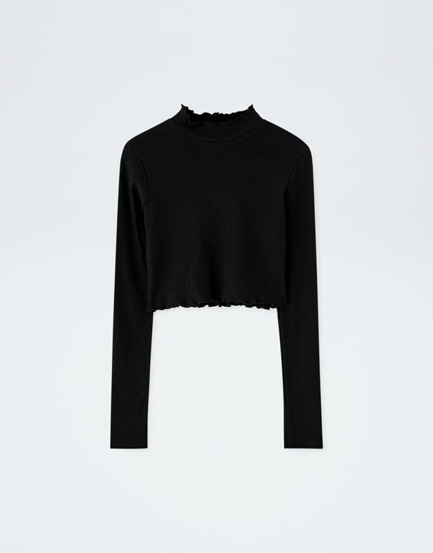 buscar oficial Venta de descuento 2019 Venta caliente 2019 Shoptagr   Camiseta Negra Manga Larga Pull&Bear By Rosalía ...